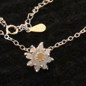 Jewelry - Lotus flower charm necklace